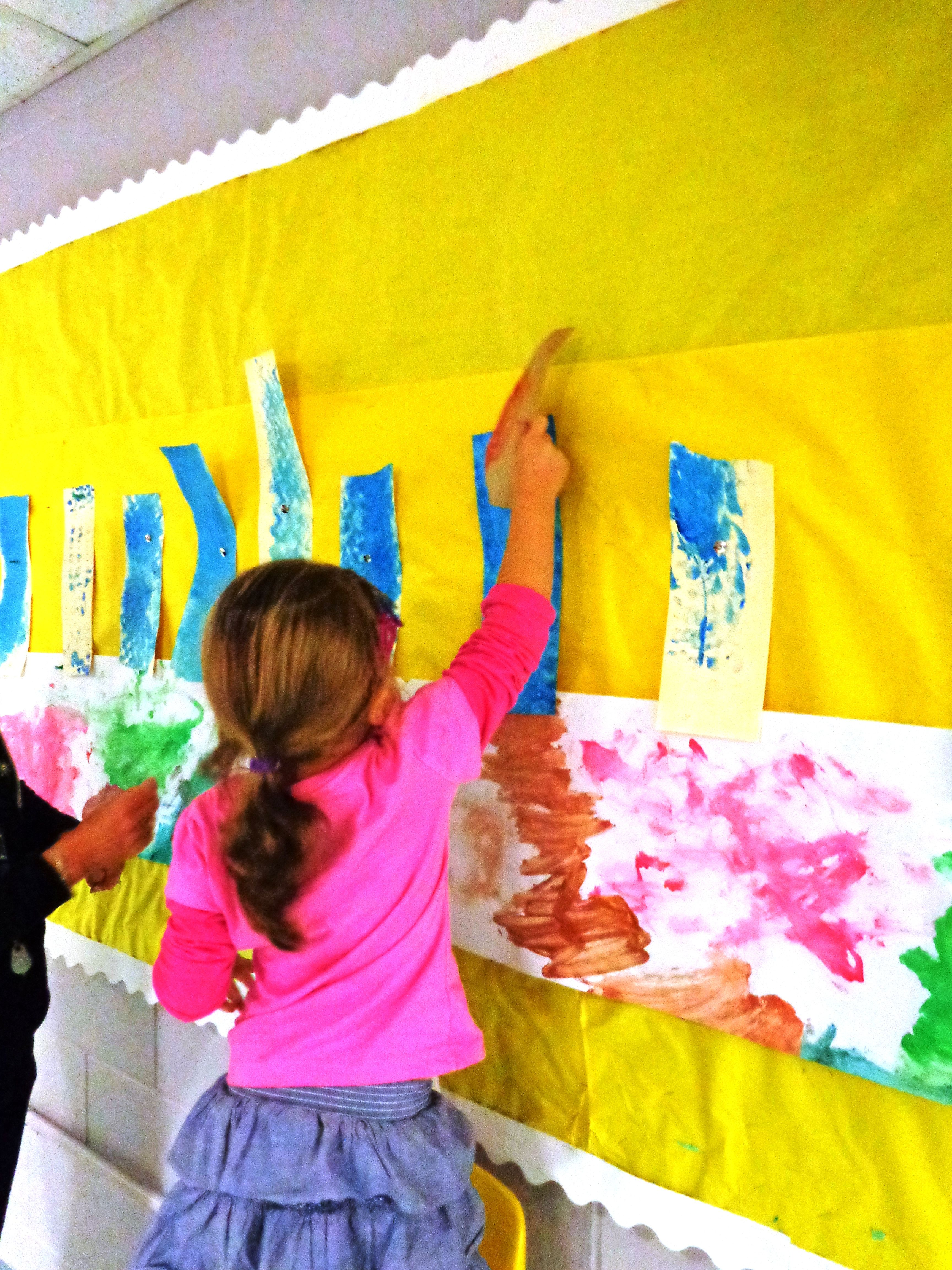 Children Created A Giant Hanukkiyah And Pasted Notes Of