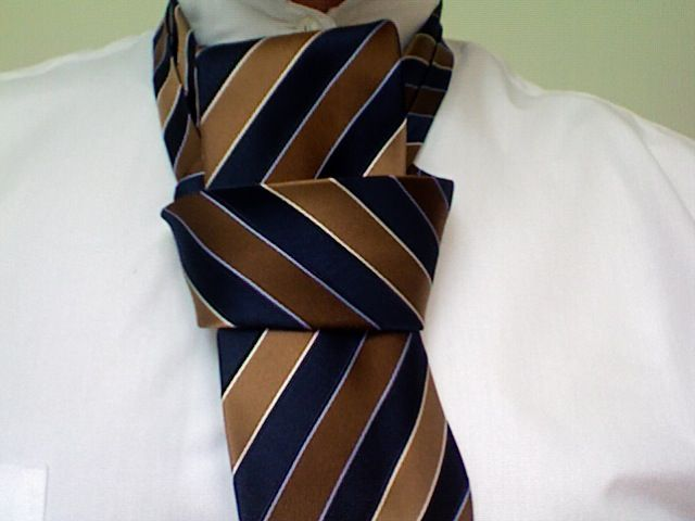 How to tie a tie wedding groom pinterest wedding easily learn how to tie a tie with simple instructions using videos and images learn the half windsor knot full windsor knot pratt knot and four in hand ccuart Choice Image