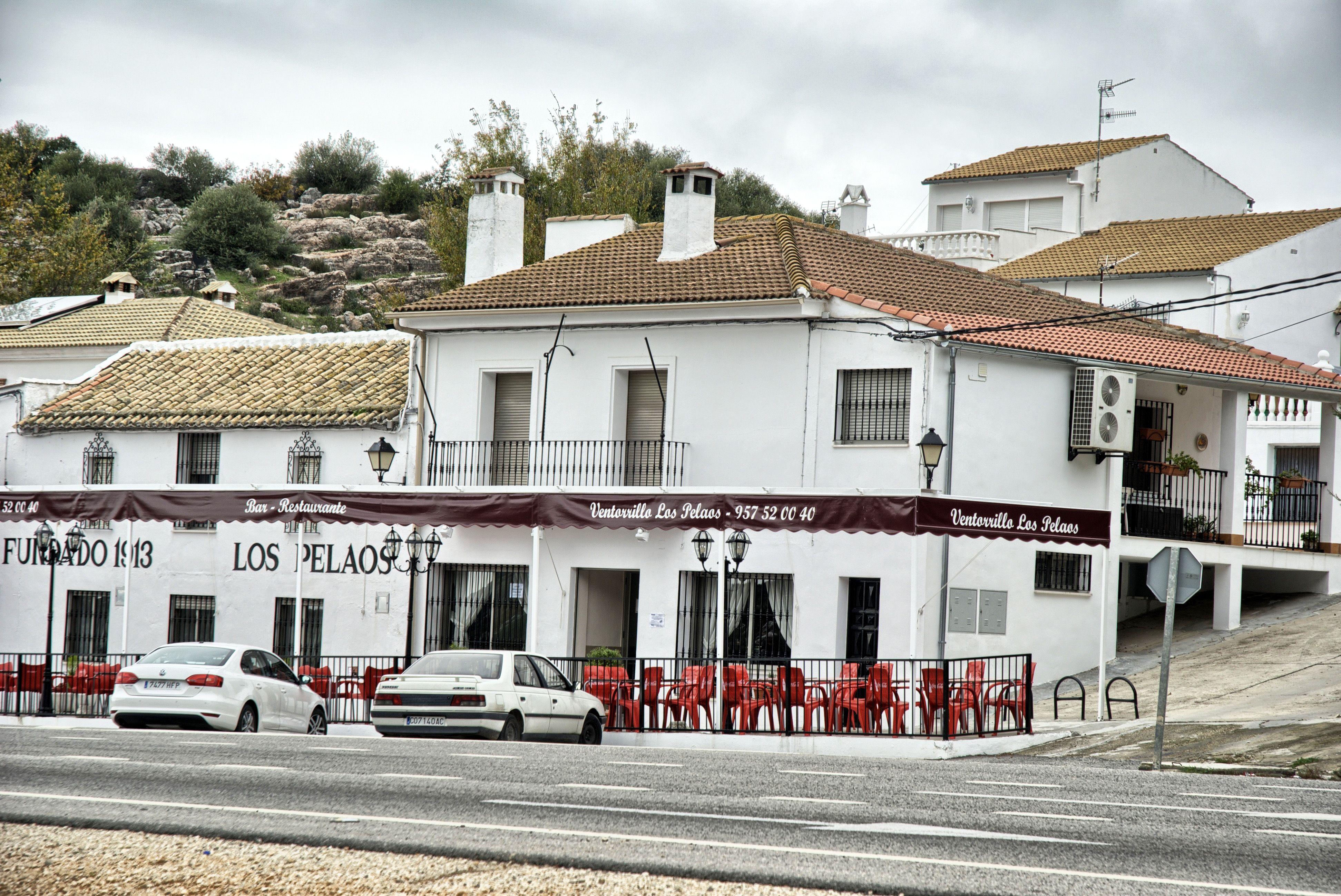 Fachada de este restaurante, que aunque tiene nueva dirección, fué inaugurado en 1913, es decir, un restaurante de toda la vida