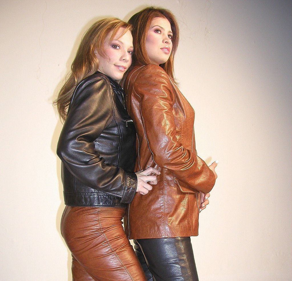 leather girls sex