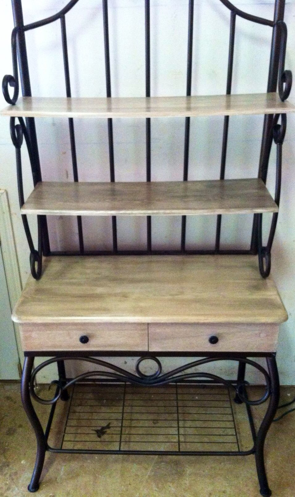There S No Place Like Home Bakers Rack Makeover Home