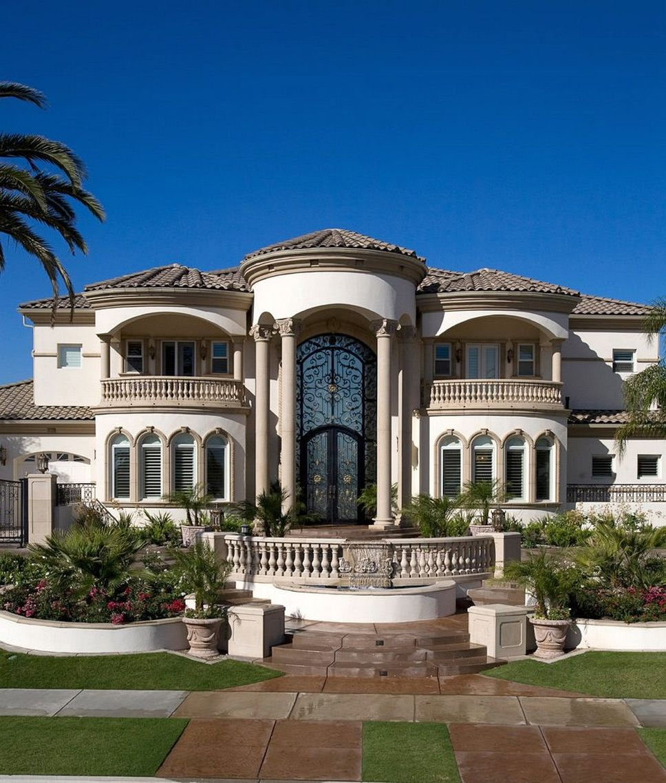 15 Phenomenal Mediterranean Exterior Designs Of Luxury Estates: Mediterranean Style Home Designs
