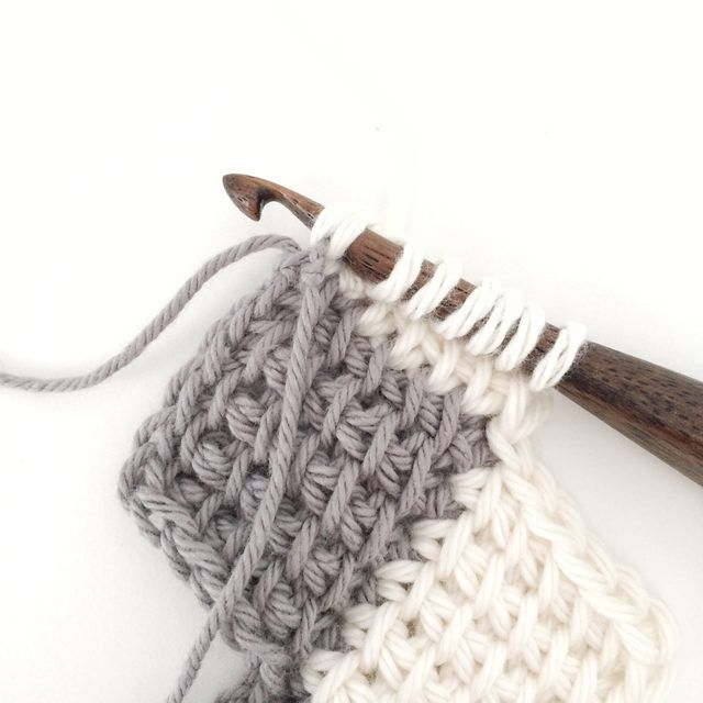 How to Use the Tunisian Entrelac Crochet Method | Puntos crochet ...