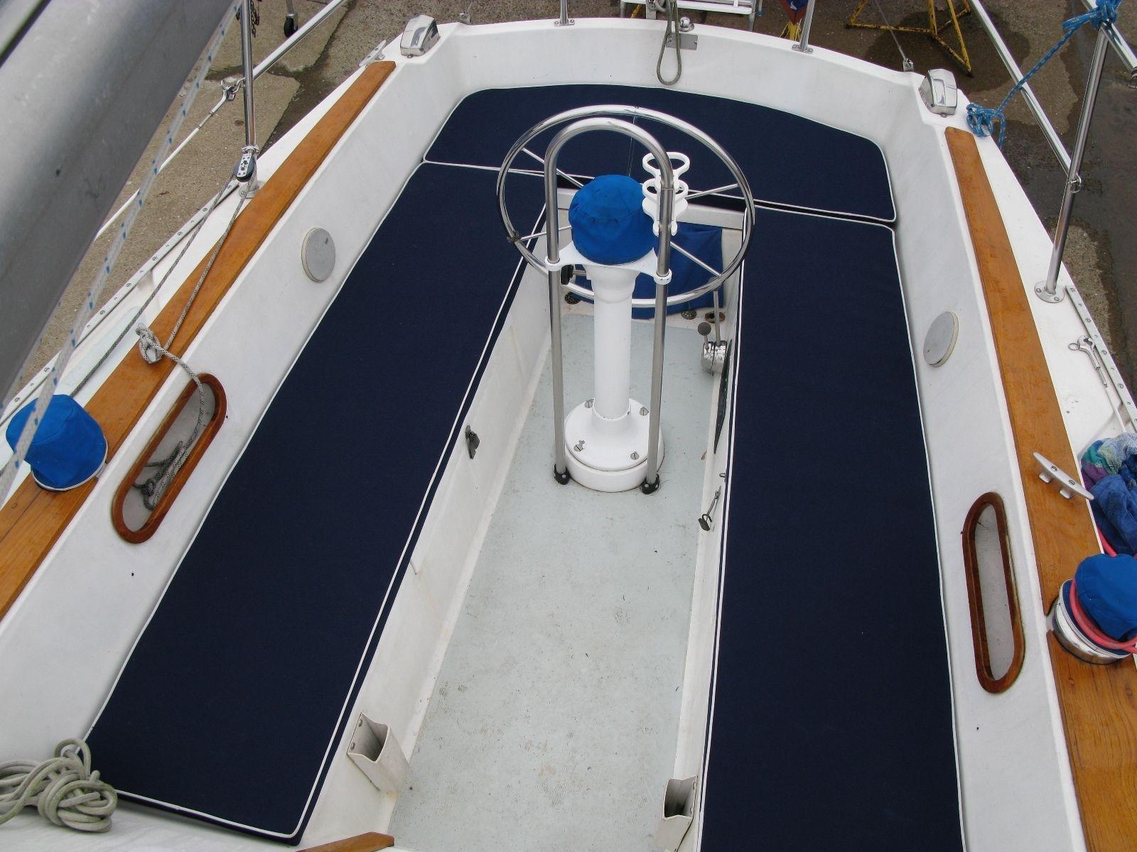 New Catalina 30 Mki Sailboat Cockpit Cushions Ebay Sailboat Interior Sailboat Sailing Yacht Interior