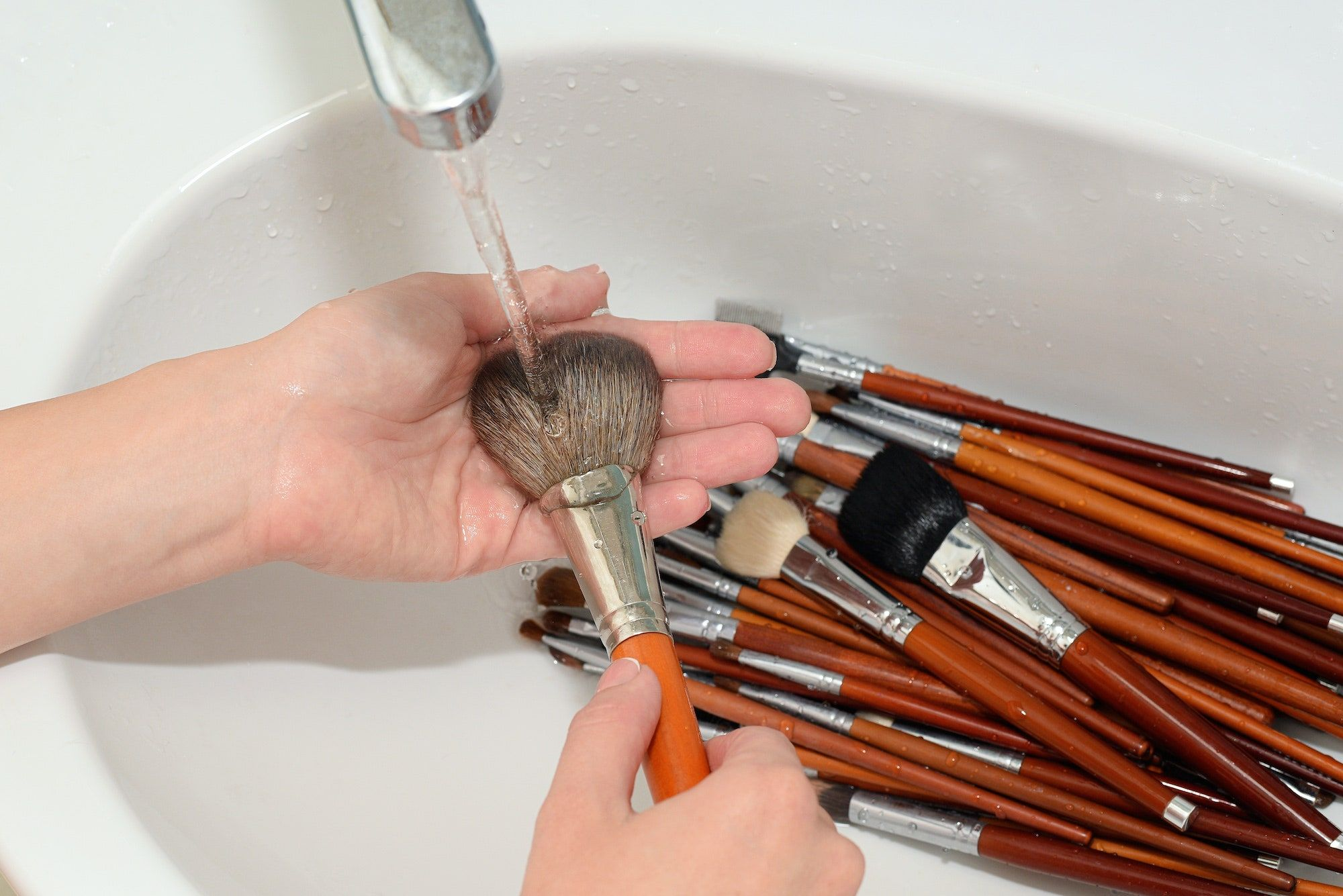 How to Clean Your Makeup Brushes, and How Often You Should