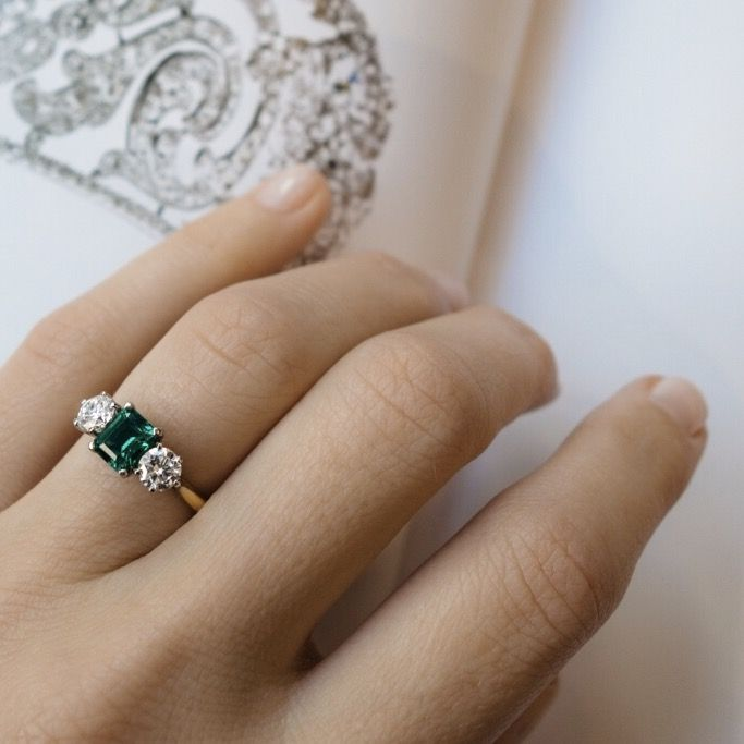 Vintage 1940s Cartier Emerald Engagement Ring Shiny