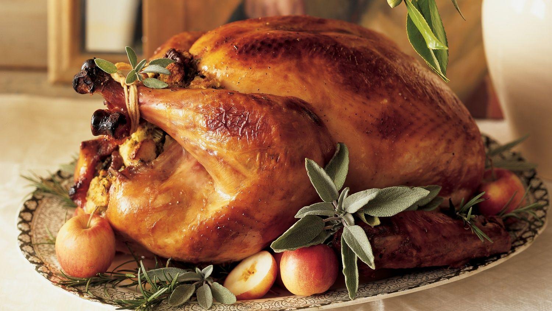 Perfect Roast Turkey Recipe Martha Stewart Perfect Roast Turkey Roasted Turkey Thanksgiving Dinner Menu
