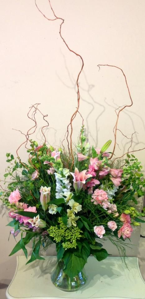 A Versatile Vase Arrangement Filled With Elegance They Curly Willow Branches Add So Much To This Flower Apple Blossom Flower Apple Blossom Flower Arrangements