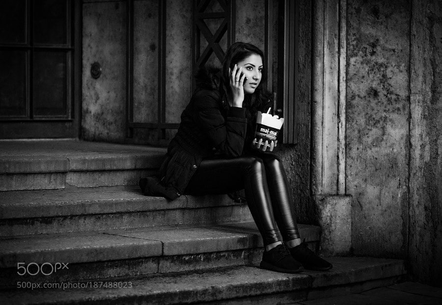 500px Editors Choice : Beautiful Girl by Thorben-Ecke