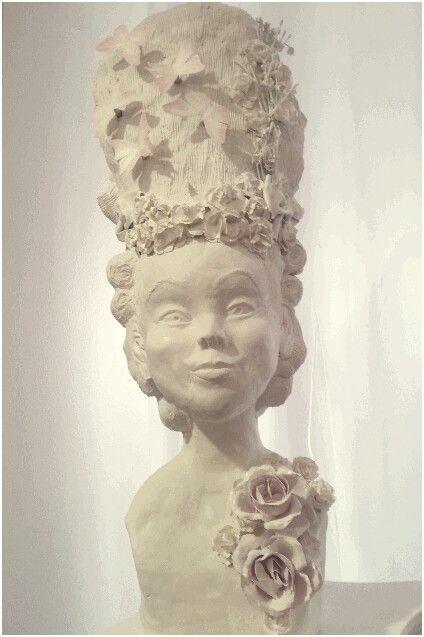 Barock Rokoko Frisur Skulptur Hohe Puderfrisur Marie Antoinett