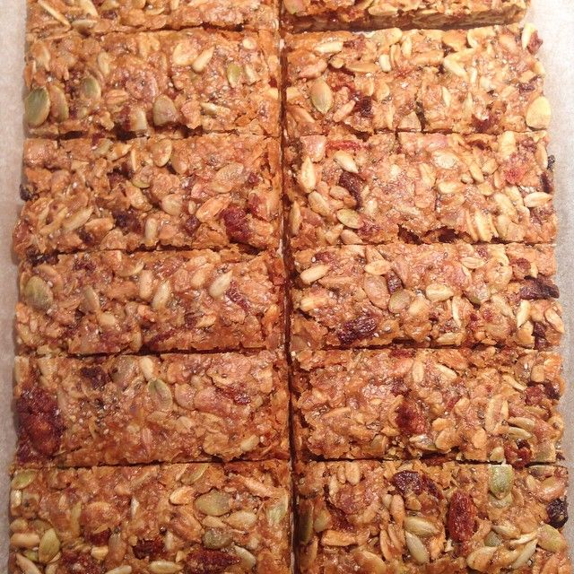 """""""Organic Muesli Bars (no nuts, milk or eggs). I got inspired to use some alternates to sugar and have tried these muesli bars using rice malt syrup, they…"""""""