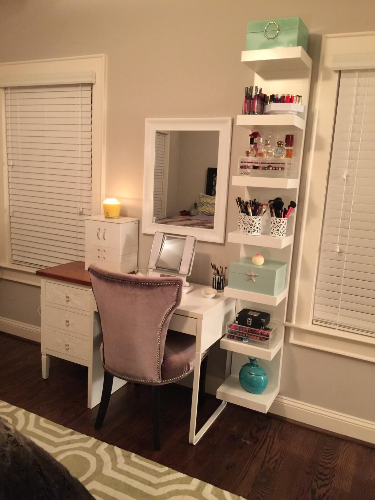 Ikea Small Bedroom: Pin By Shannon Giroux On Home