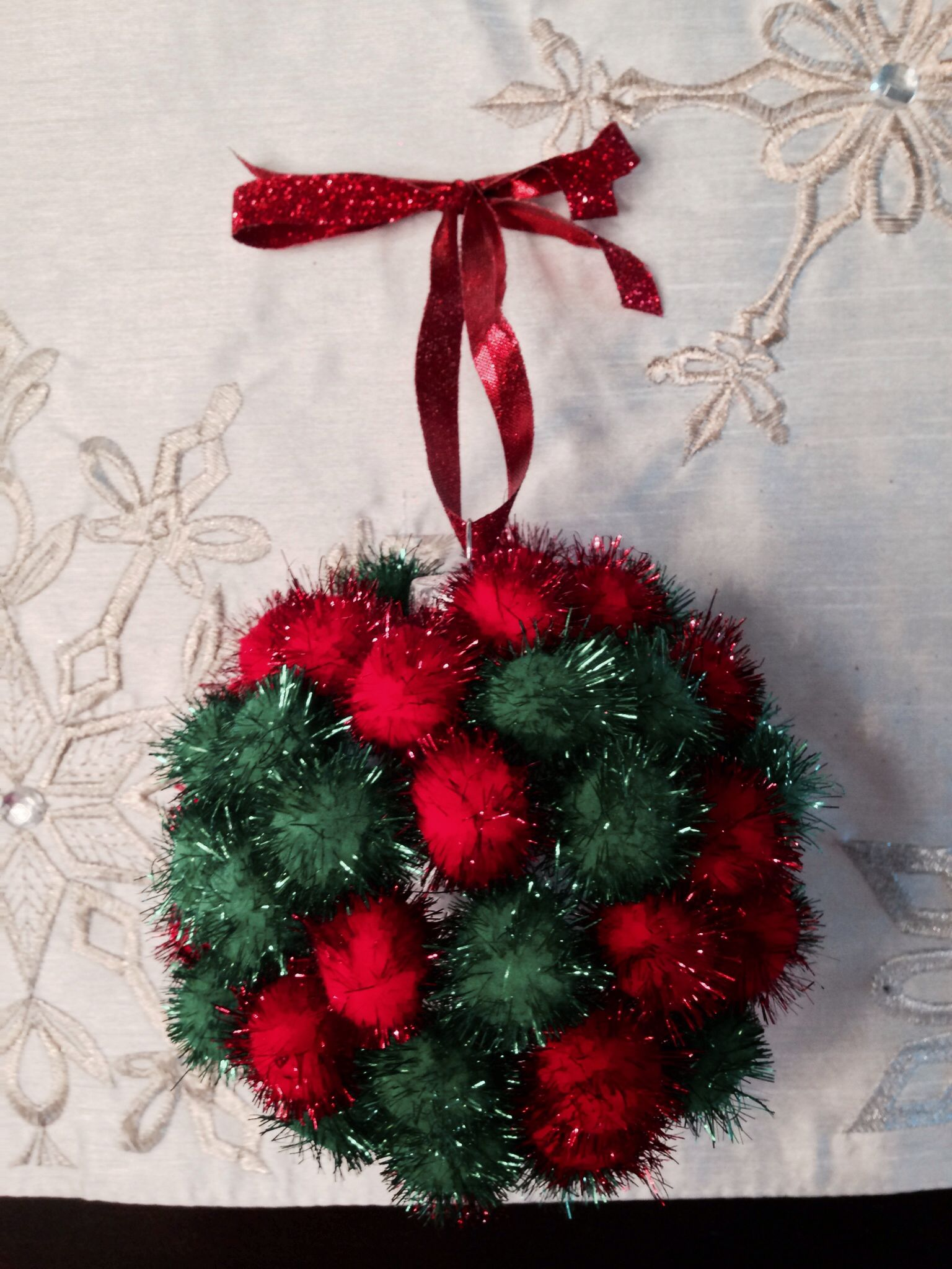Easy Diy Pom Pom Ornament Made With My 3 Year Old Used