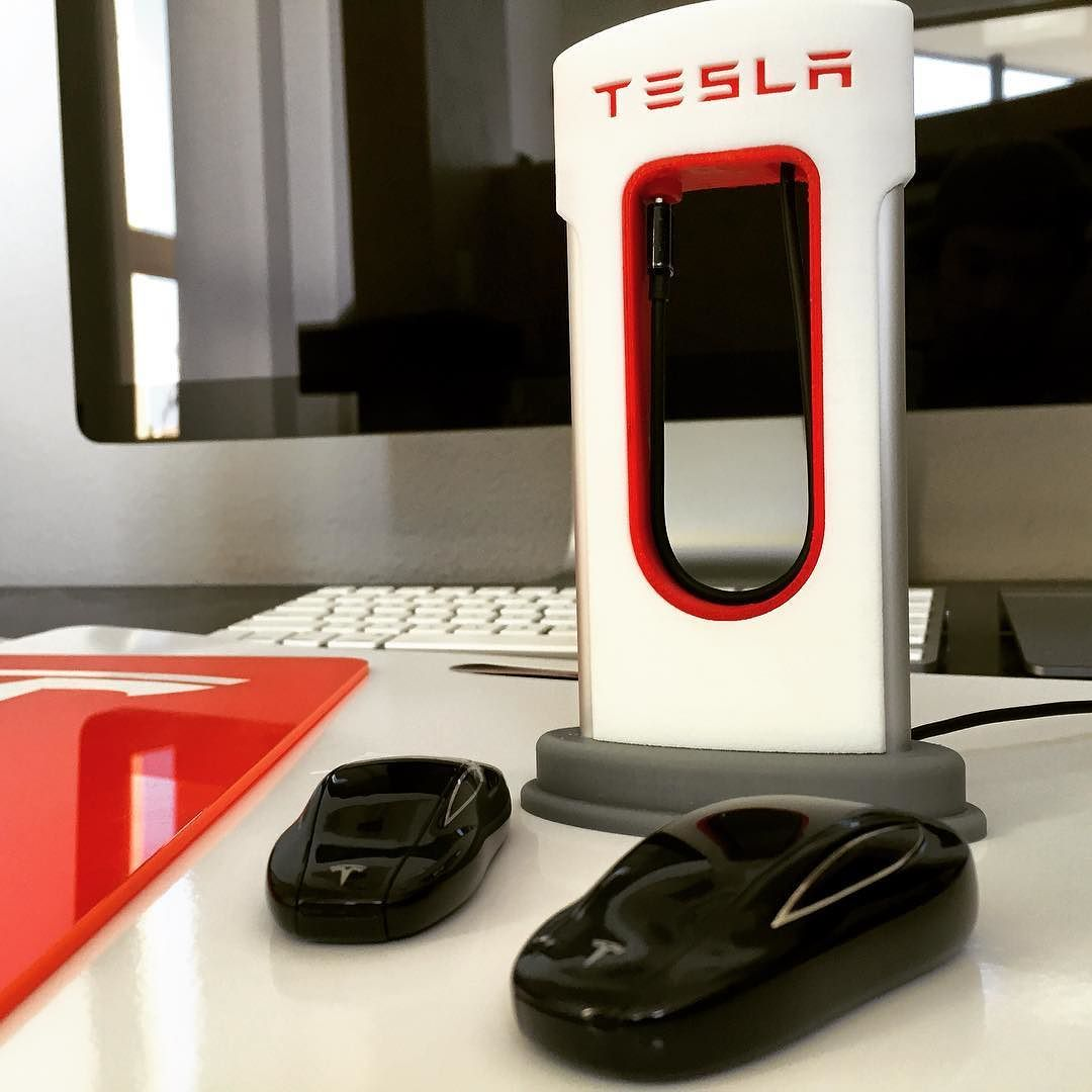 When you want your own #Tesla #Supercharger. Bring it with you. - http://po.st/E6GFtn #3dprinting by teslarati