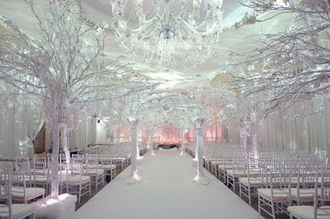 50 affordable winter wedding decoration ideas on a budget winter 50 affordable winter wedding decoration ideas on a budget junglespirit Choice Image