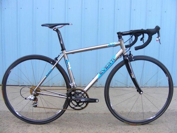 Everti Ti World S Lightest Production Road Bike Titanium Bike Bike Road Bike
