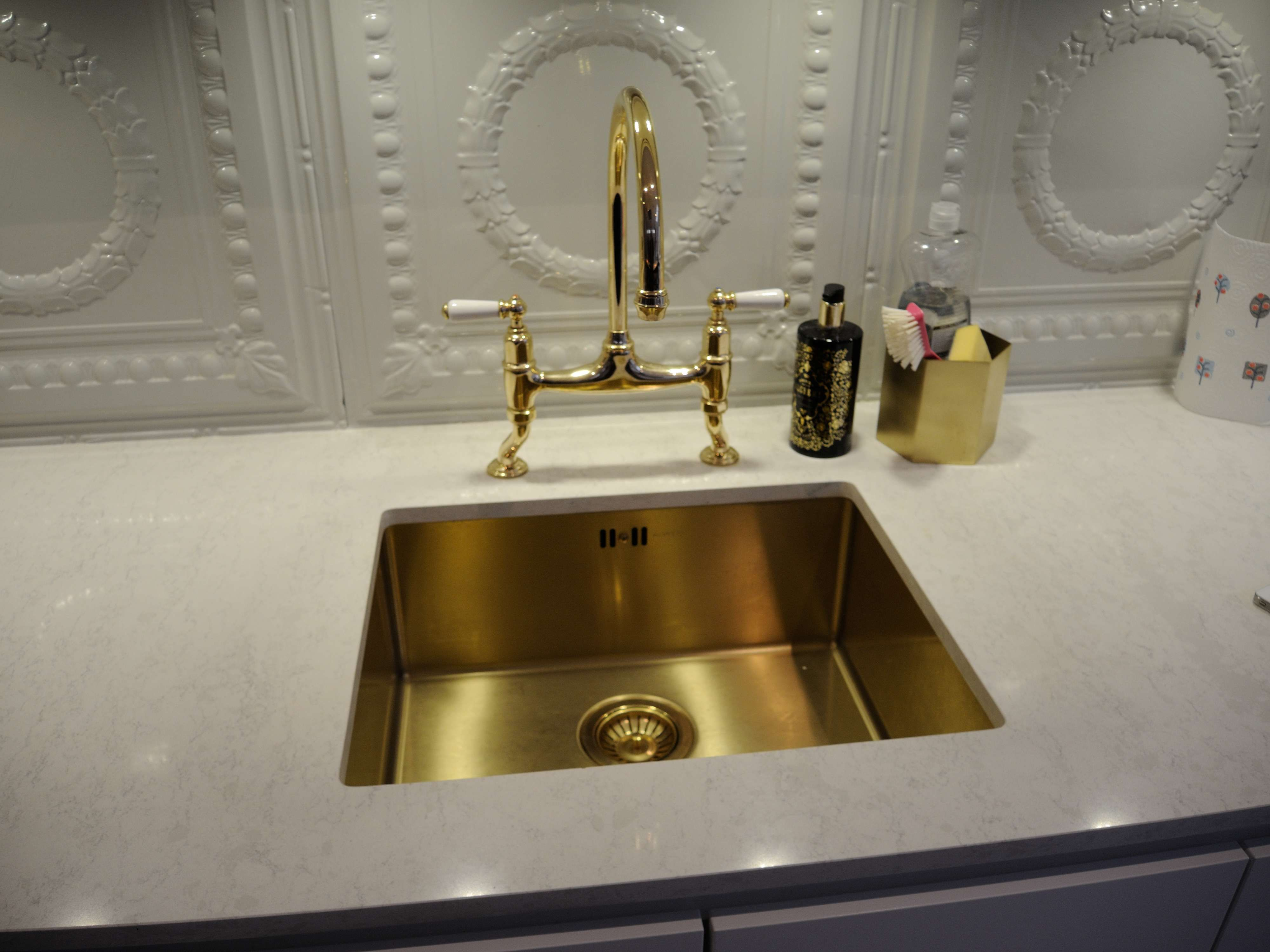 wall ount faucet widespread unlacquered bath home sinks brass double antique antiq lowes touchless and old vintage lever single fixtures black hole of mounted depot retro vessel faucets kingston full appliance contemporary style matte sink most bathroom size in modern beautiful