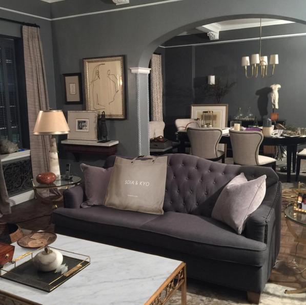 Photo of #fbf SOIA & KYO in giro sul set sul pad di Olivia Pope. #home #decor #scandal # …