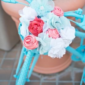Junai Photography snaps up some of the sweetest details in this DIY wedding with tons of inspirational favor and decor ideas.