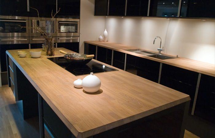 Keuken Van Hout : Zwarte keuken met houten werkblad meerstad keuken pinterest