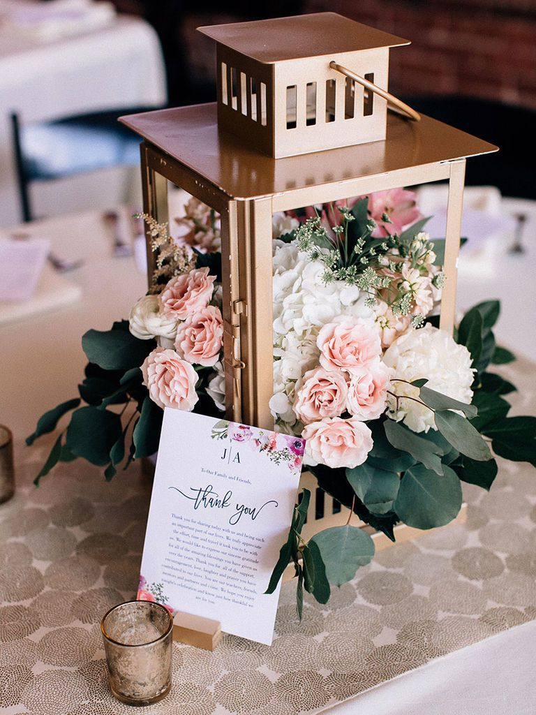 2bfade657af 15 Beautiful Lantern Centerpieces for Any Wedding Style ...