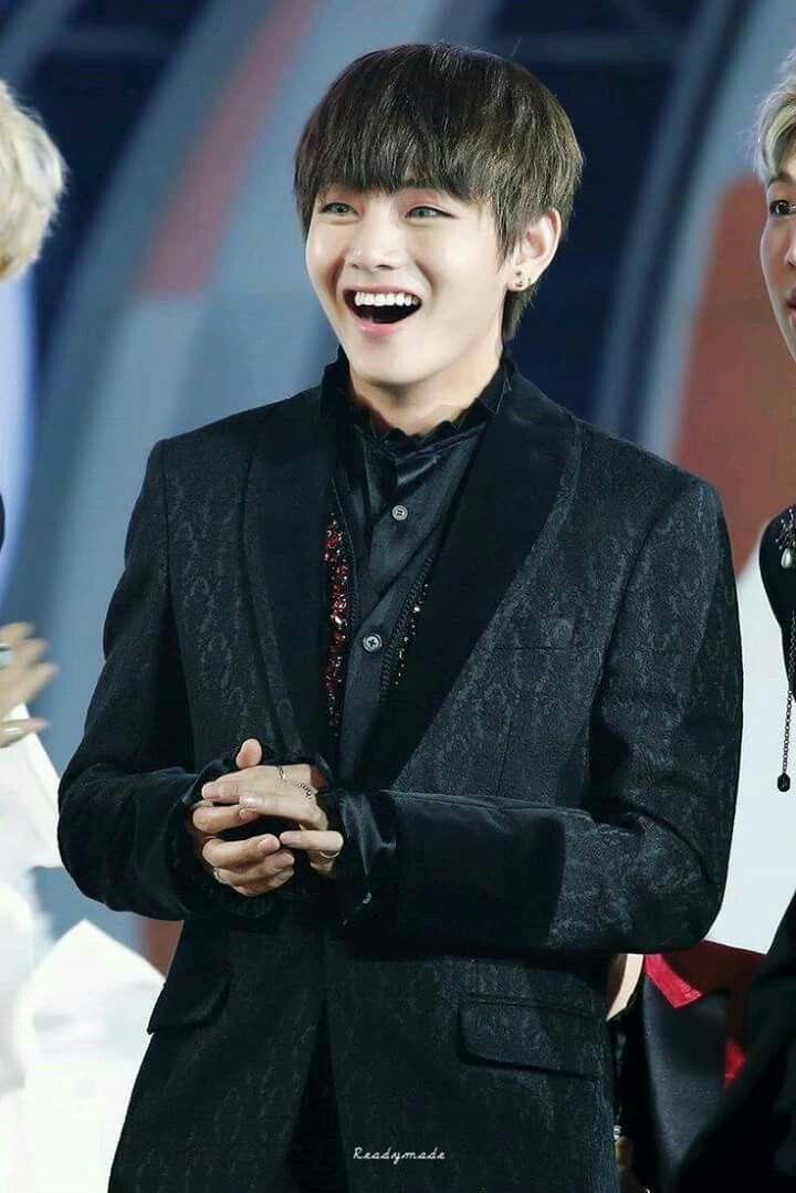 His smile= 1 billion!!