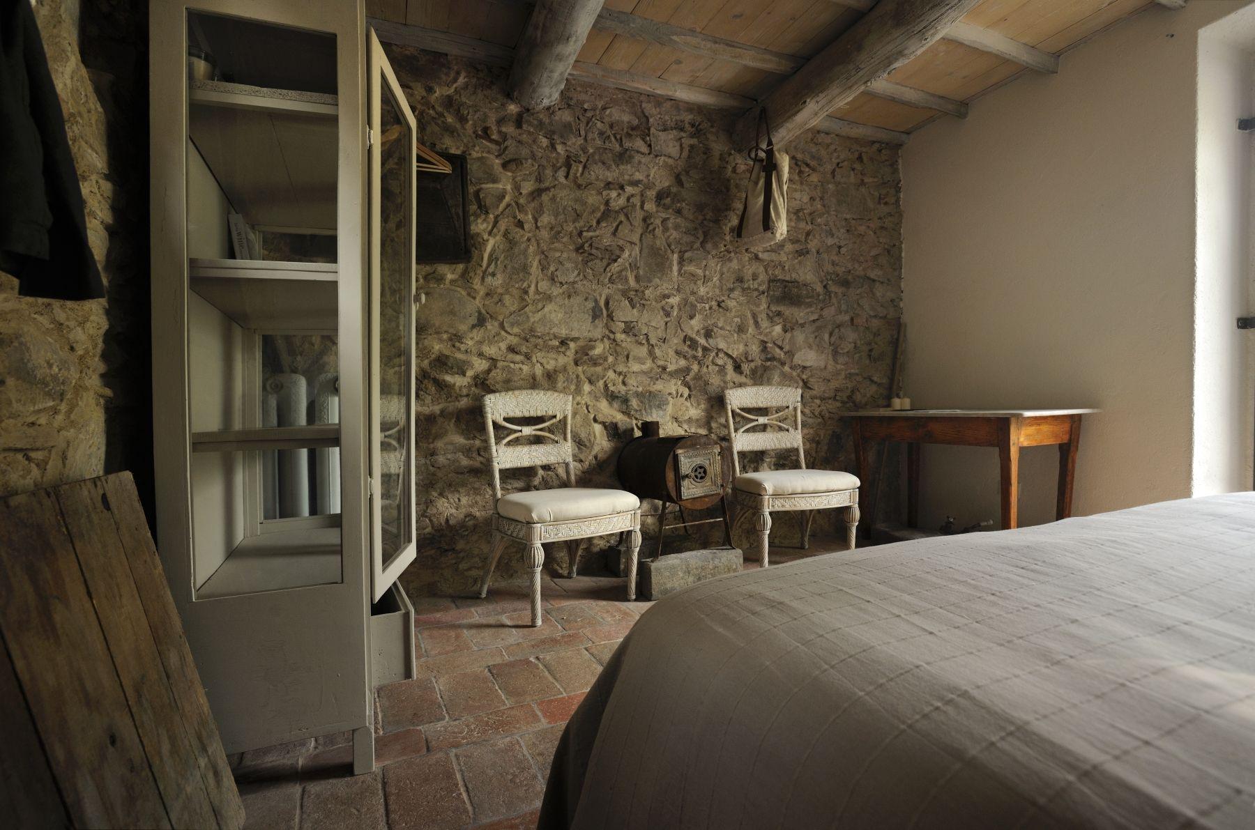 Old Tuscany style