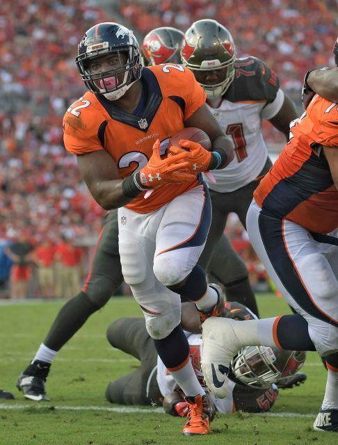 Broncos Lose Siemian But Beat Bucs Tampa Bay Buccaneers Denver Broncos Broncos Football