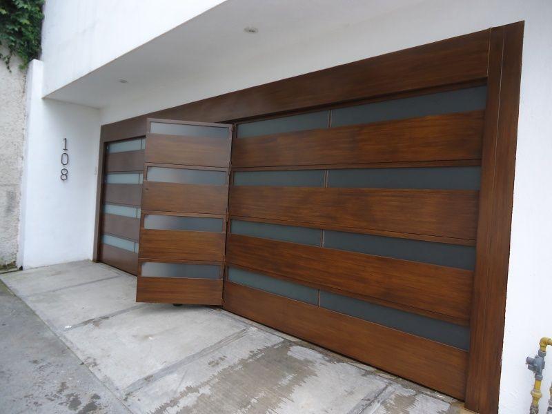 Fotos de portones herreria y forja porton pinterest for Puertas de madera con herreria