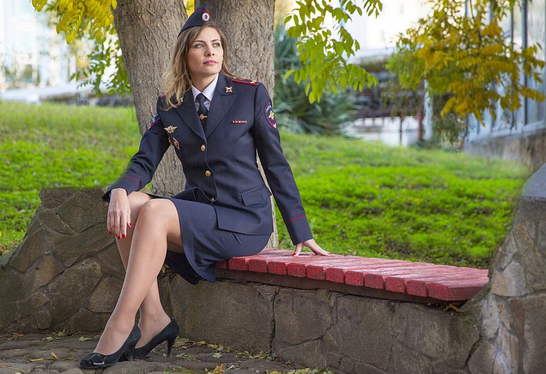 фото девушки милиции в юбках - 5