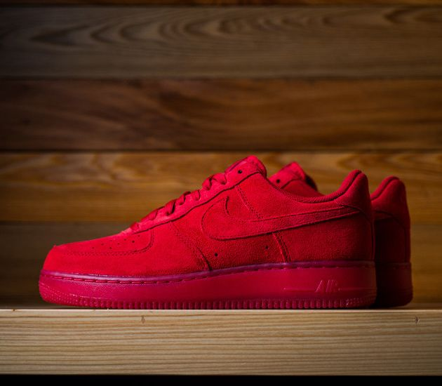 Nike Air Force 1 Low LV8 - Gym Red