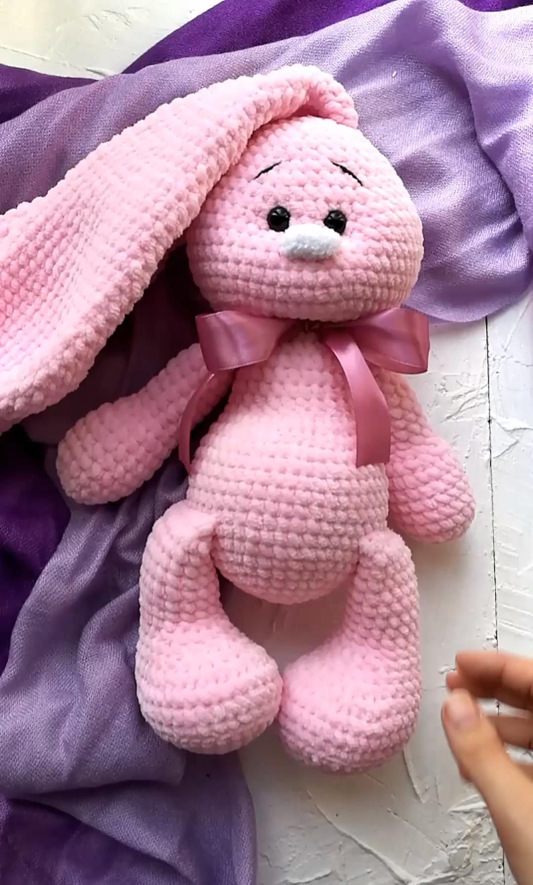 Photo of Kaninchenspielzeug für ein Neugeborenen- oder Kindergeschenk, häkeln Sie rosa Hase, reizendes Stofftierspielzeug, gestricktes Häschen,