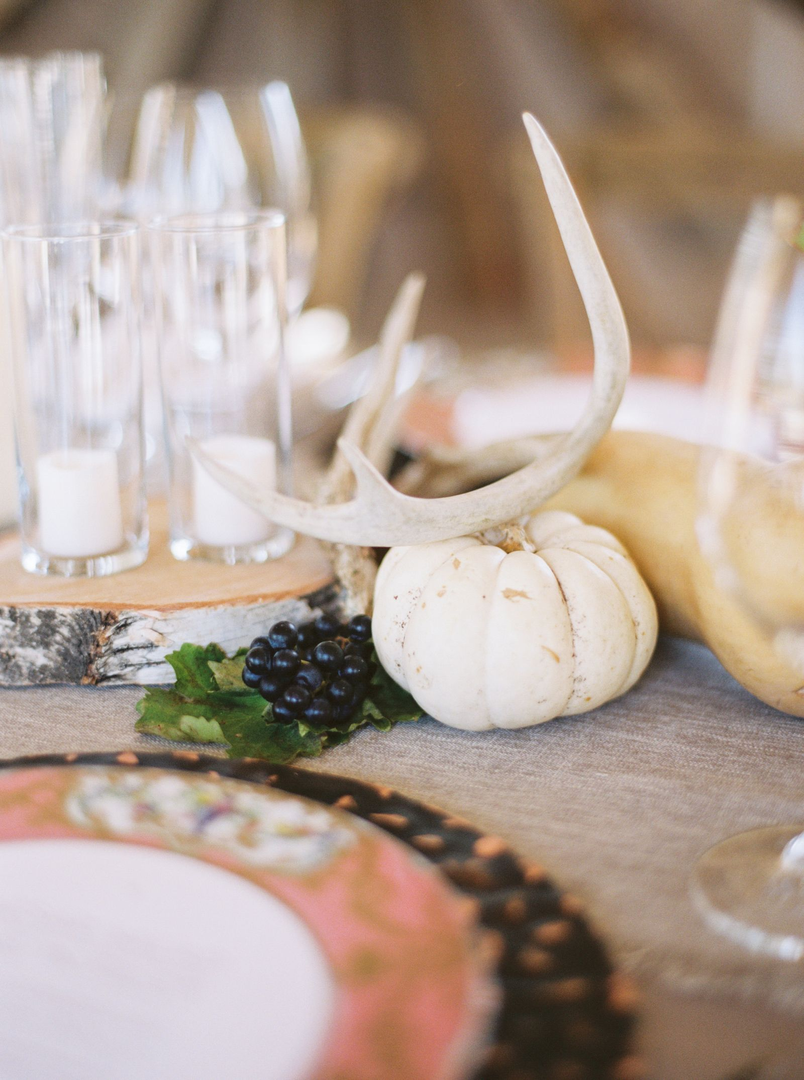 19 Rustic Ideas That Prove Fall Weddings Are The New Summer Weddings 19 rustic ideas that prove fall weddings are the new