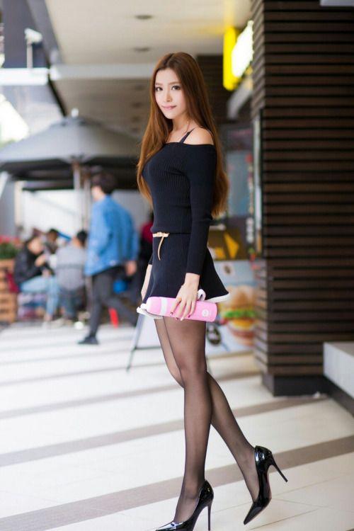 sexy asian women in nylons