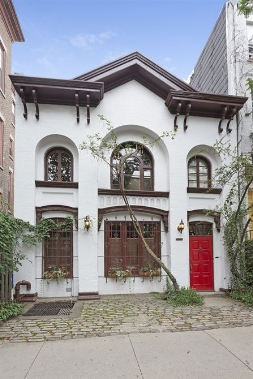 """Carriage House from """"Eat Pray Love"""" movie for sale 