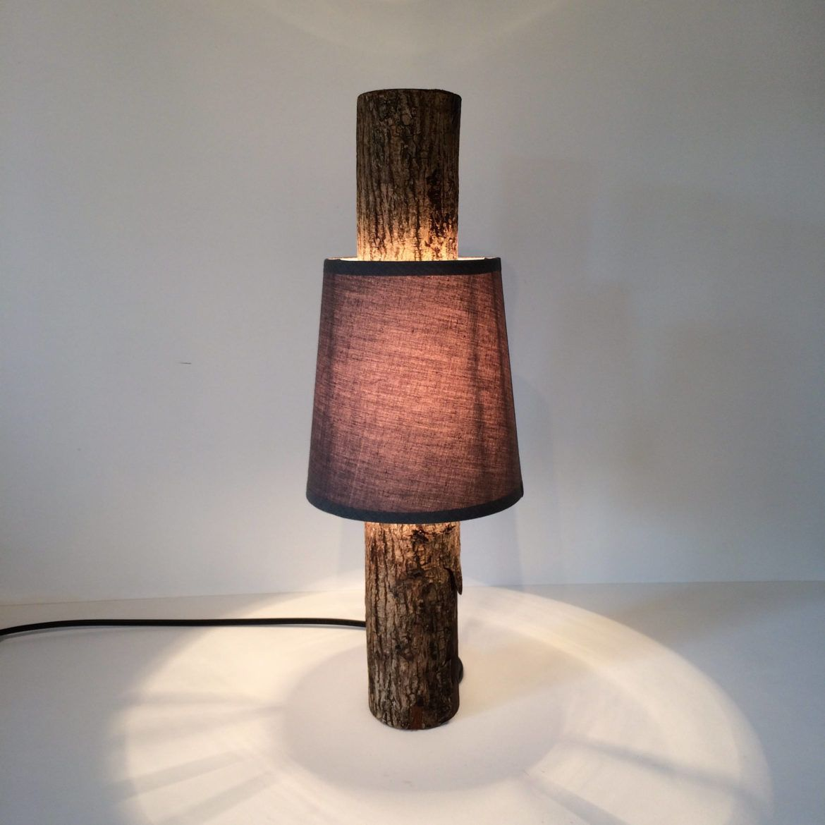 Amazing Simple Log Lamp With Shade Varnishes Logs And Woods # Muebles Dico Coupon