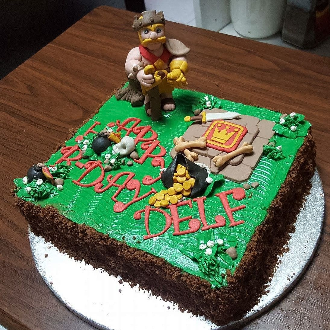 Clash Of Clans Barbarian King Cake With Images King Cake