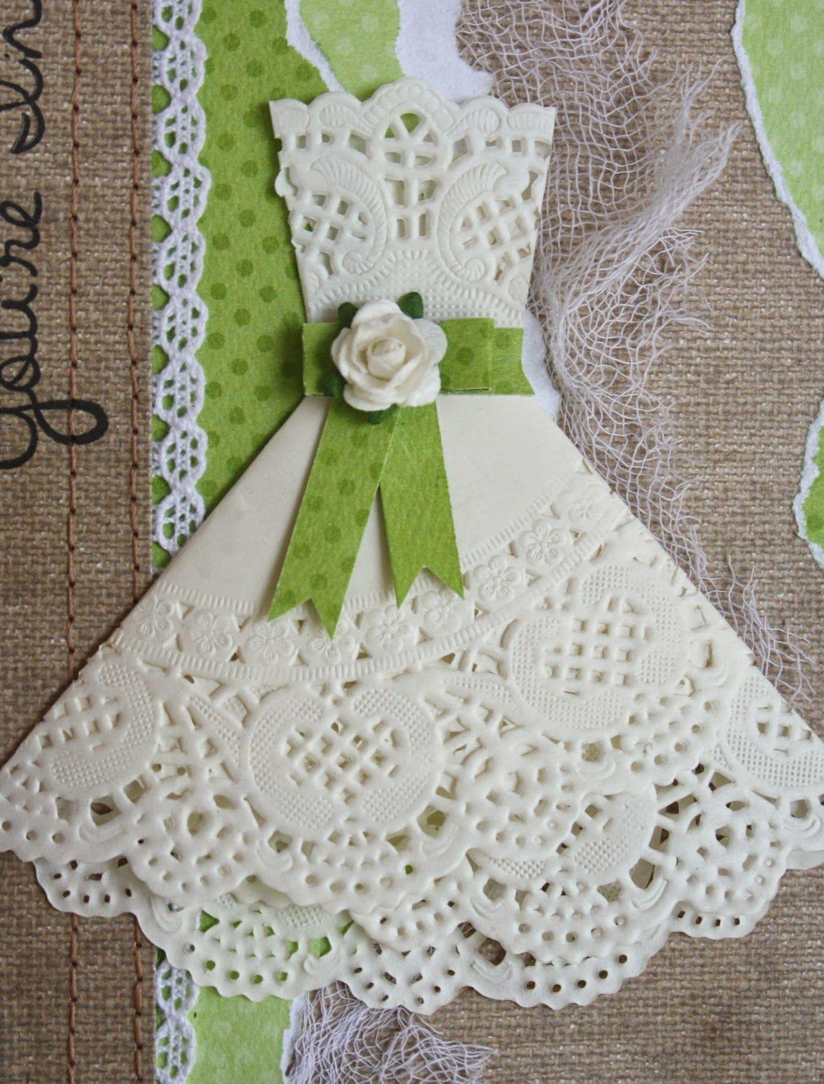Как сложить платье из салфетки для открытки, поздравления тремя