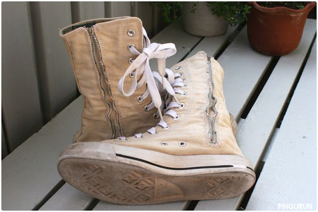 Tea dyed canvas boots at www.pingurun.com