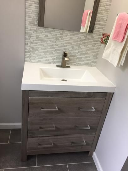 Glacier Bay Woodbrook 30 1 2 In W Bath Vanity In White