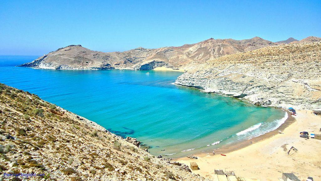 vacances au maroc Vos vacances au Maroc : Plage u0027Tcharranau0027, Cap des Trois fourches, la  commune de Bni chikar, Nador