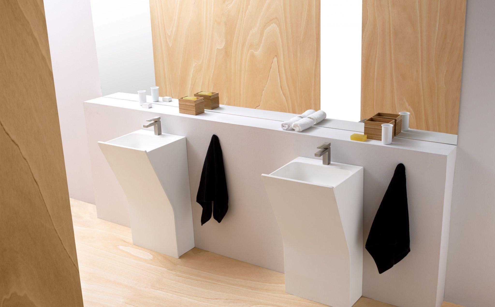 lavabo pedestal veneto de la coleccià n solid surface de bathco