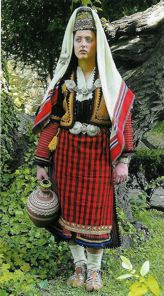 Femme Costume Costume Costume Folklorique Montenefgro Femme Montenefgro Folklorique Montenefgro Costume Folklorique Femme XiuTPkZO