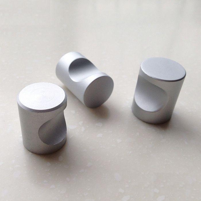 solid cabinet knob - Hledat Googlem | úchytky | Pinterest | Small ...