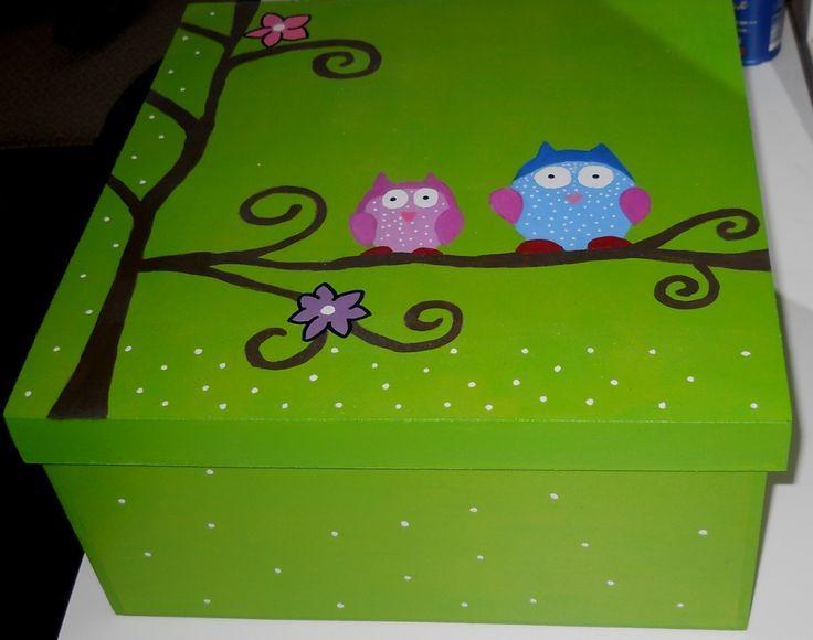 Cajas de madera pintadas a mano con acrilico buscar con - Como decorar cajas de madera paso a paso ...