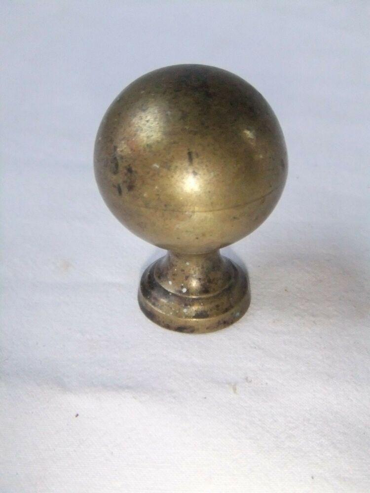 poignee ancienne boule laiton ornement