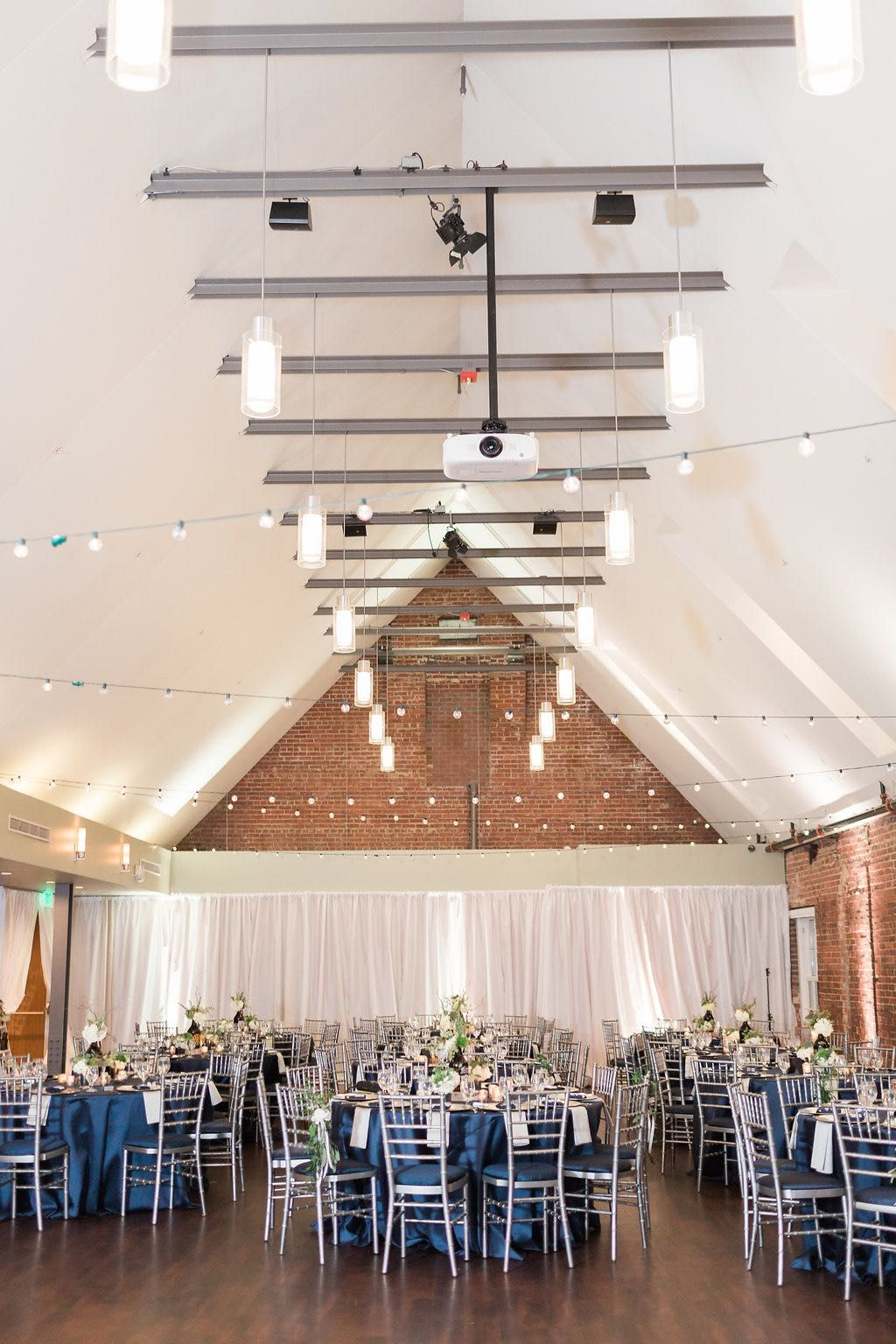 The Great Room At Top Of The Hill Reception Ready Great Rooms Room Layout