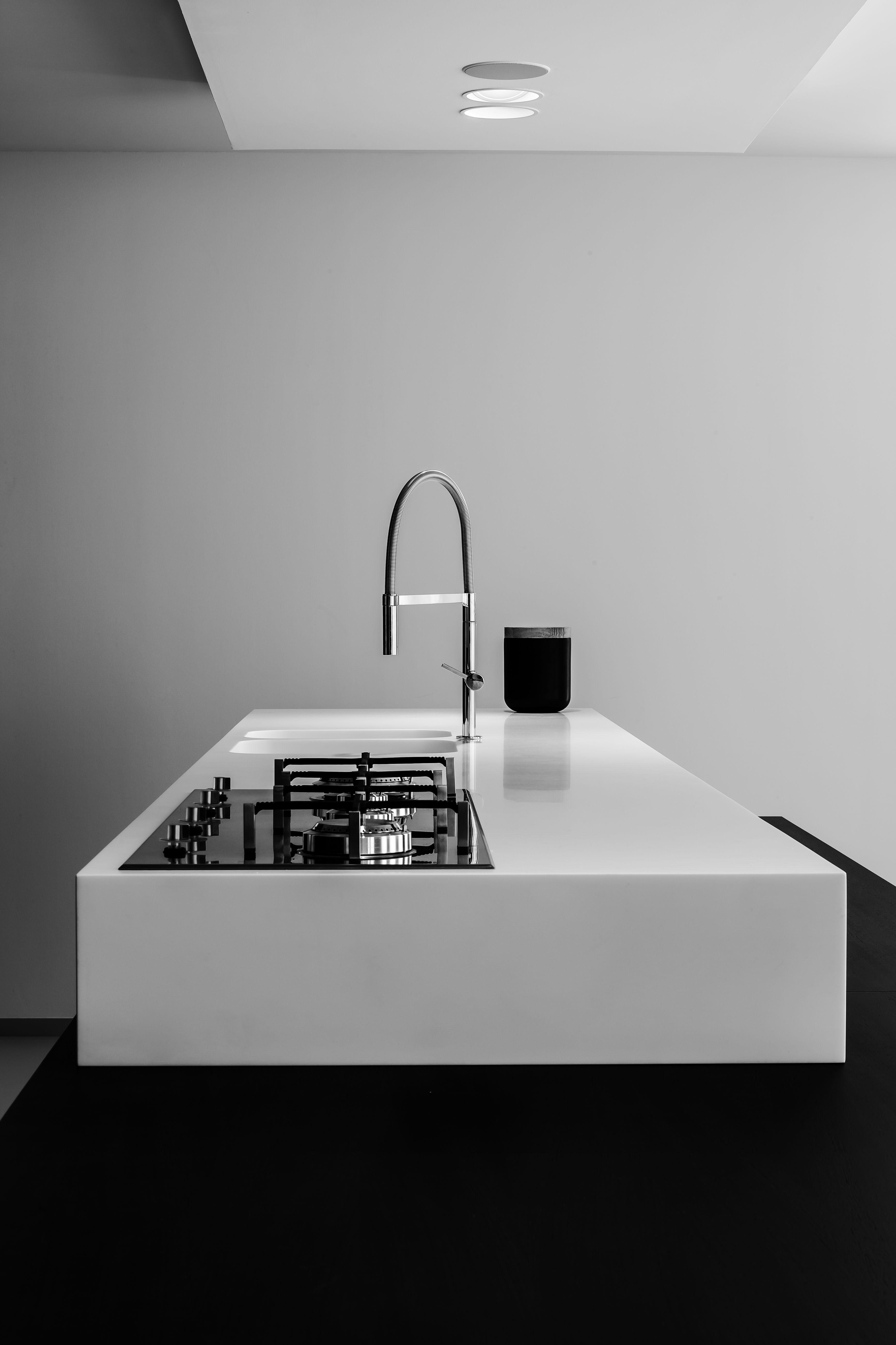 minimal white kitchen | kitchen . Küche . cuisine | Architekt: Filip ...