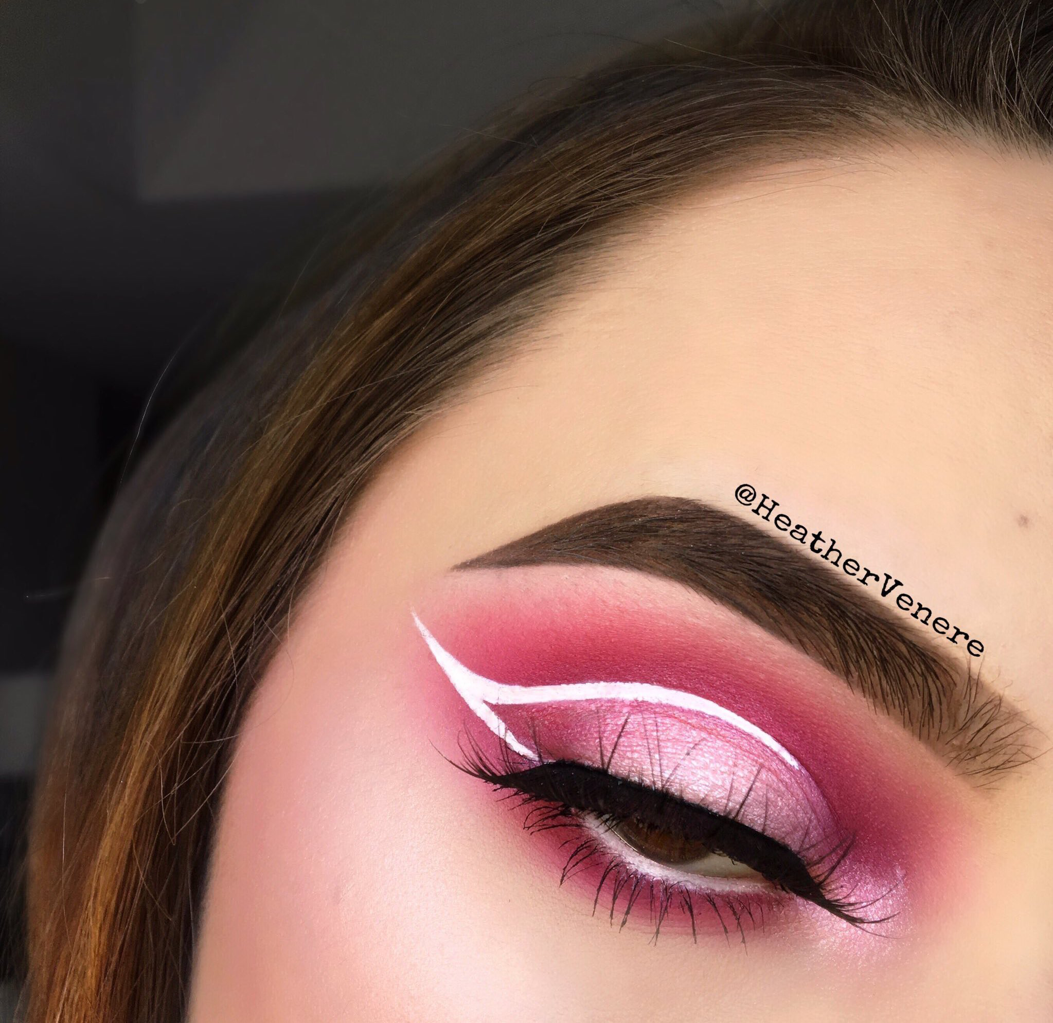 Pin By Angie Brakefield On Makeup Tips And Looks Eye Makeup Pink Makeup Makeup