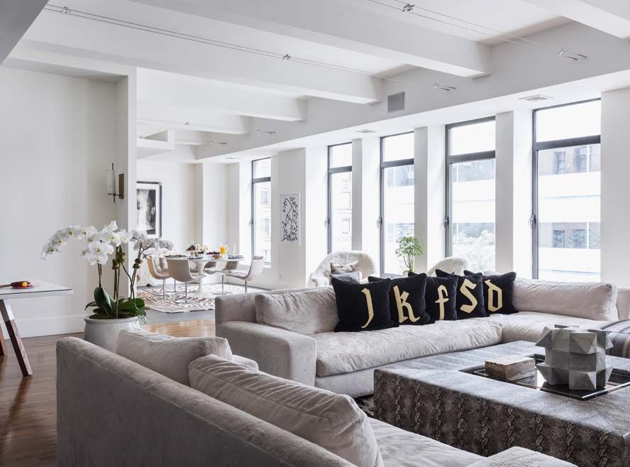 Home Tour Jennifer Fisher S N Y C Loft Big Living Rooms Family Living Rooms Living Spaces Furniture